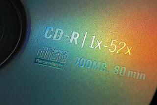 Que tal 100 DVDs em um único disco?