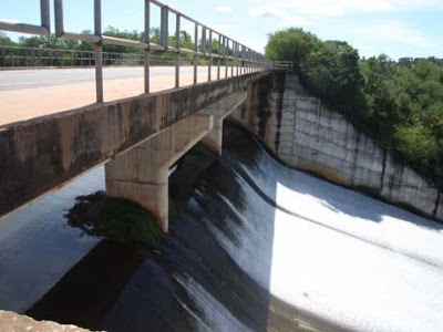 Reforma da barragem do rio Flores, será?