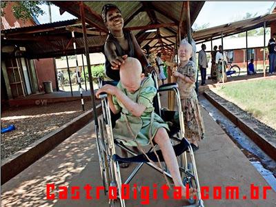 IMAGEM - Bibiana na cadeira de rodas