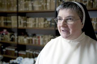 IMAGEM - Freira María Jesús Galán, conhecida como irmã internet