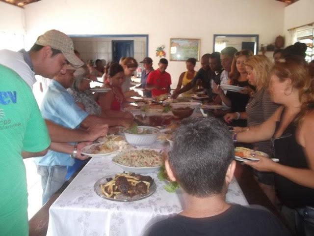 IMAGEM - Homenagem de Érica e Luis Revil no dia dos professores em Lago Verde - MA