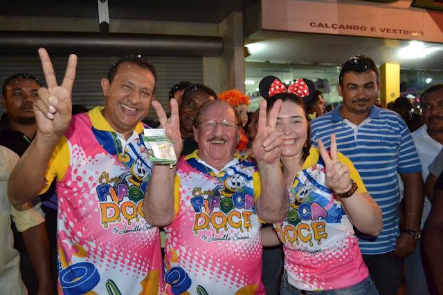 Fotos do bloco Pipoca Doce com Carla Perez no carnaval 2012 em Bacabal