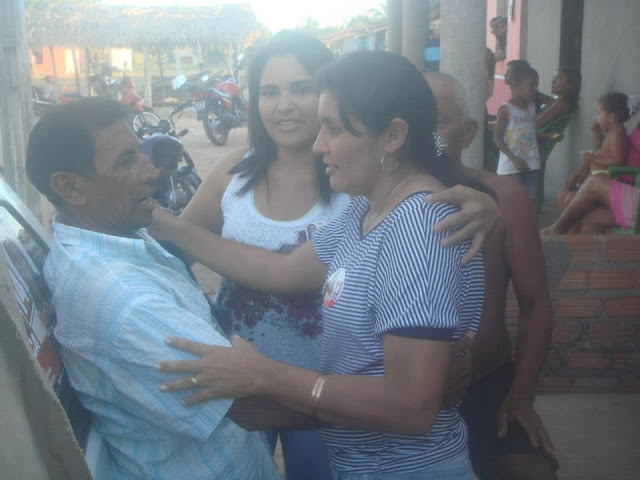 Candidata a prefeita de Lago Verde visita povoado Fumaça