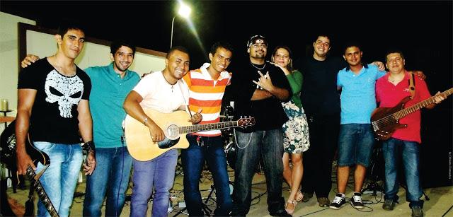 Time Machine Band anima em Bacabal o festejo de Nossa Senhora Aparecida