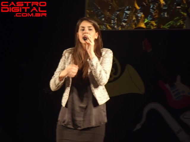Fotos e vídeos do show de Rafaela Pinho em Pedreiras – MA