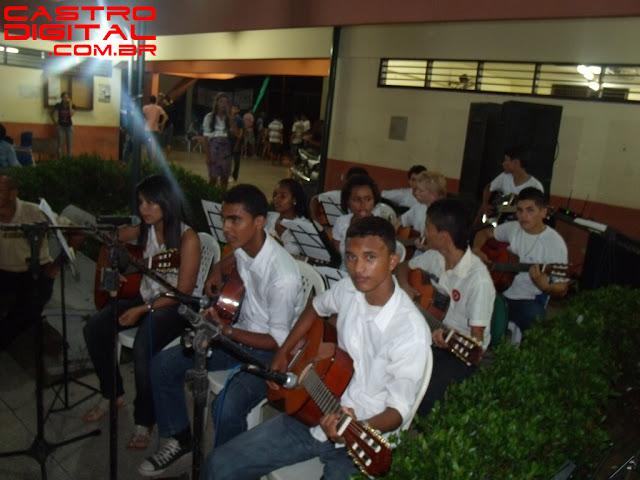 Fotos da cantata natalina 2012 e peça teatral no Colégio Minhocão de Bacabal – MA