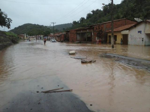 Fotos da cidade de Marajá do Sena alagada pela chuva nesta terça (15)