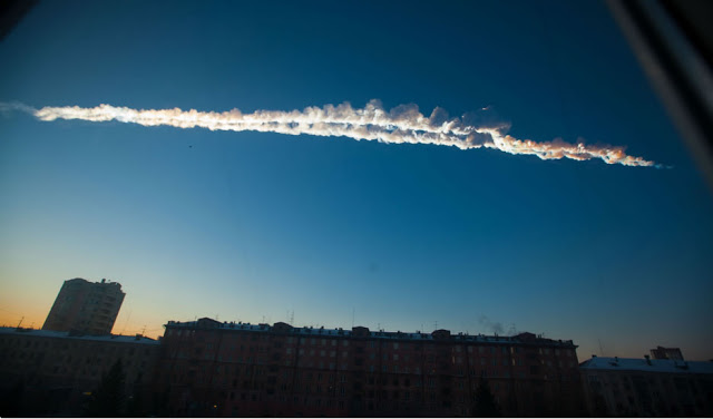 Foto do meteoro que caiu na Rússia