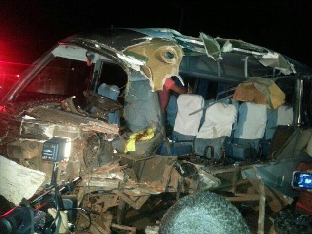 Acidente com dois ônibus na BR 316 em Bacabal faz várias vítimas fatais e deixa muitos feridos