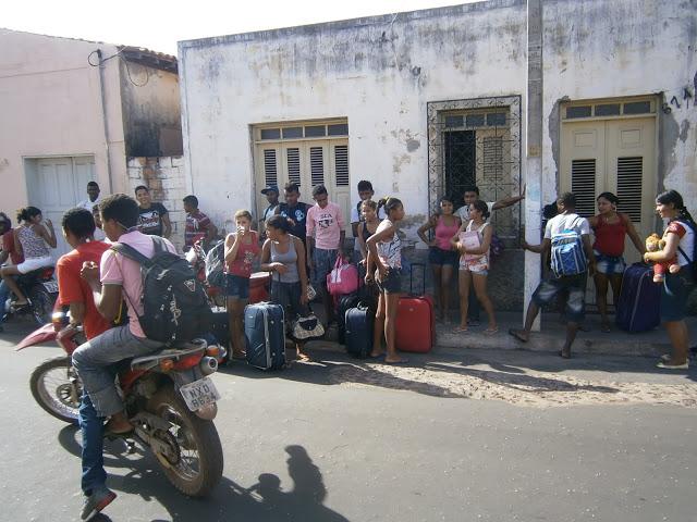 Alunos de escola quilombola desocupam URE de Codó após protesto por alimentação