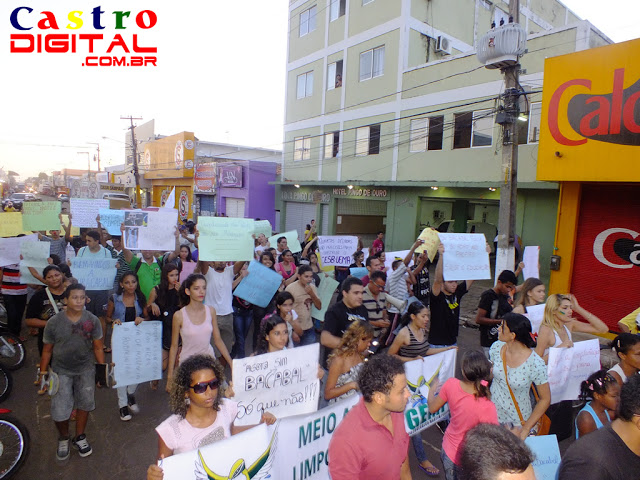 Fotos e vídeos da 2º Manifestação Vem Pra Rua em Bacabal – MA