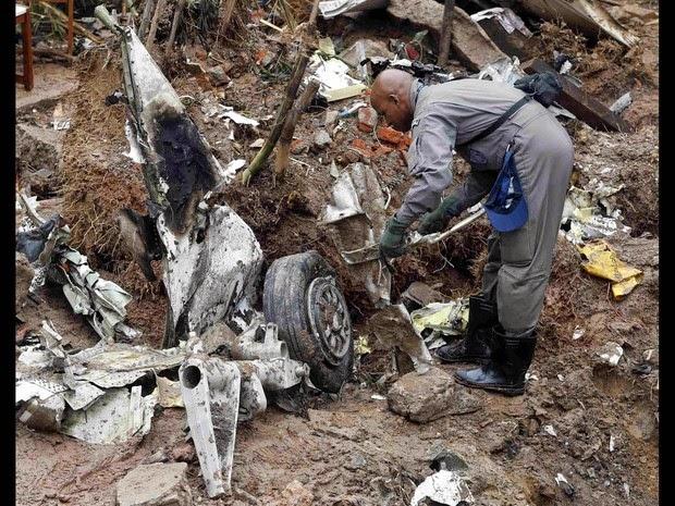 Fotos do acidente do avião com Eduardo Campos em Santos – SP