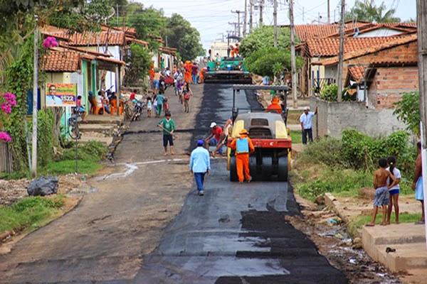Bacabal recebe 60 carradas de asfalto em época de eleições