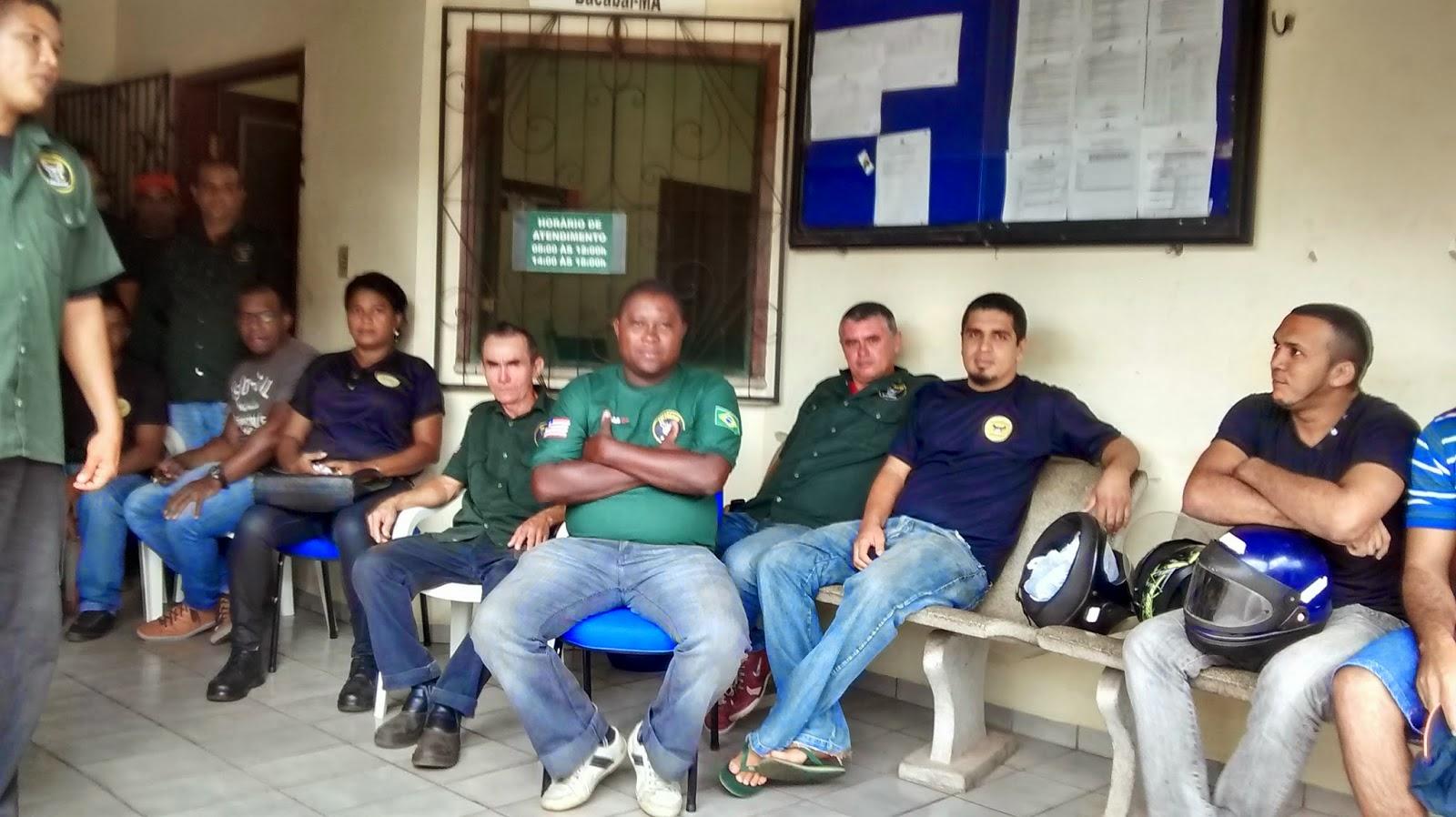 Vigilantes em greve ocupam URE de Bacabal, eles reivindicam pagamento de salários