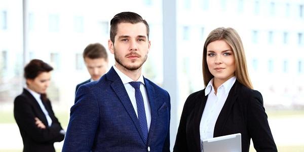 Qual a diferença entre Advogado e bacharel em Direito?
