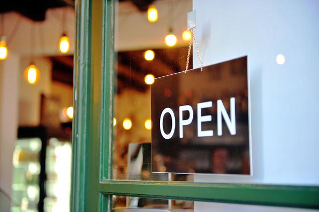 5 cursos para abrir o próprio negócio, além de Administração