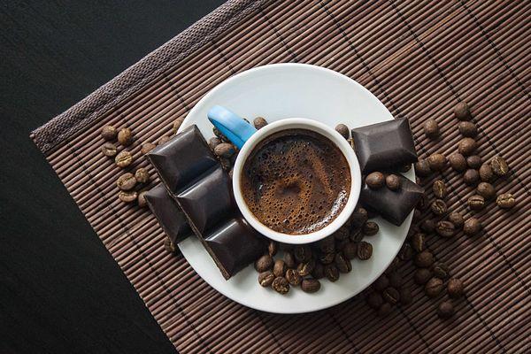Café e chocolate ajudam ou atrapalham a estudar?