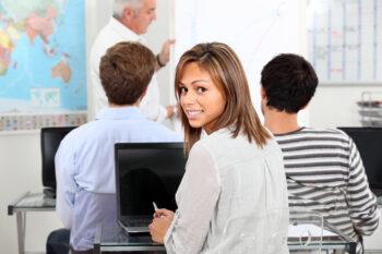 5 cursos técnicos com mais vagas de emprego